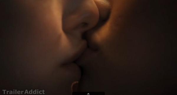 megan fox lesbian kiss 12